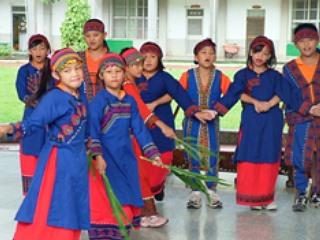 屏東縣武潭國小每學期舉辦母語日各班成果發表活動《攝影/賴約翰》
